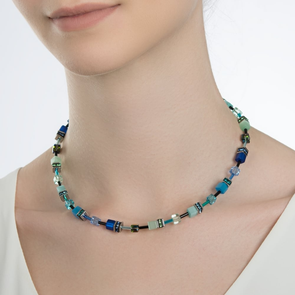 coeur-de-lion-geo-cube-sea-spray-blue-green-necklace-2838-10-0705-p59219-367868 zoom